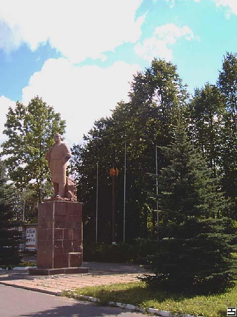 Памятник подешевле Уржум Мраморный голубь Новошахтинск